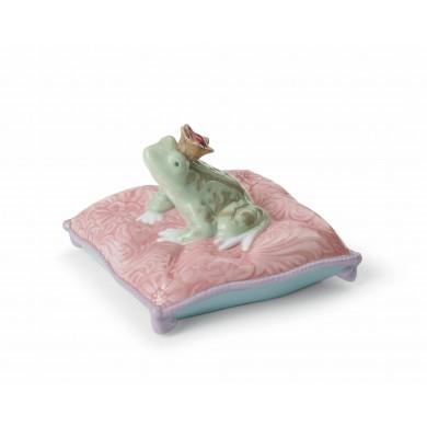 Порцеланова фигура – Enchanted Prince Frog Figurine