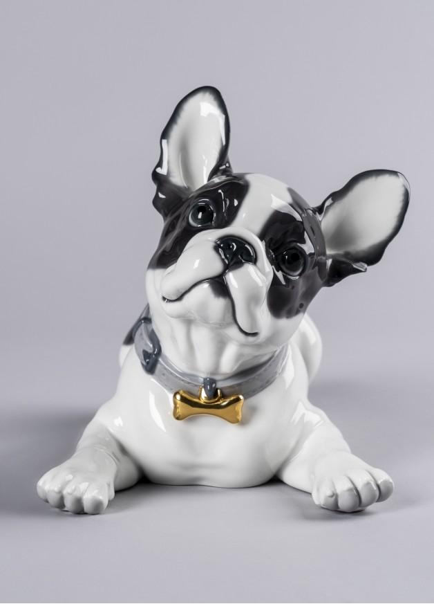 Порцеланова фигура – French Bulldog with Macarons  – Dog Figurine