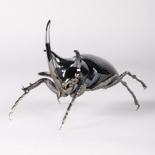 Порцеланова фигура – Rhinoceros Beetle Figurine