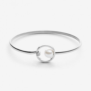 Дамска гривна Agnethe Silver-Tone and Pearl Clasp Bangle
